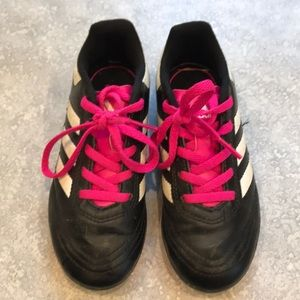 Girls' size 12.5 toddler Adidas cleats.